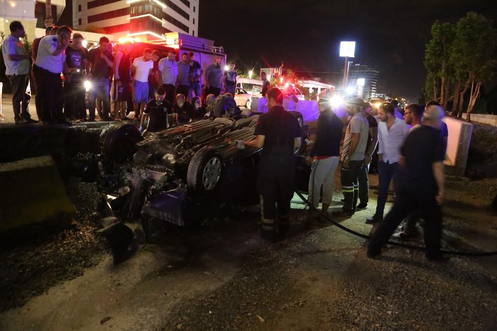 Bursada Araç Tramvay Yoluna Düştü: 2 Ölü, 2 Yaralı