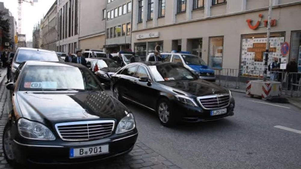 Erdoğanın Konvoyu Hamburgda 10 Dakika Bekletildi