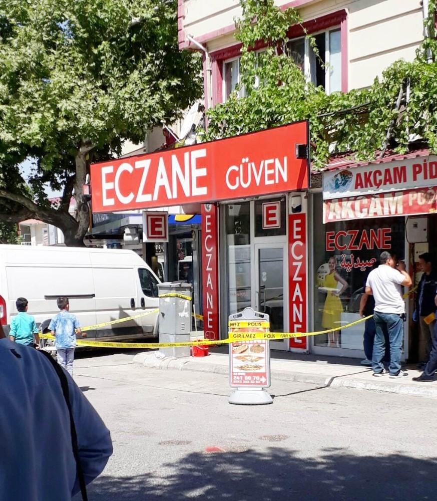Eski Belediye Başkanının Oğluna Silahlı Saldırı