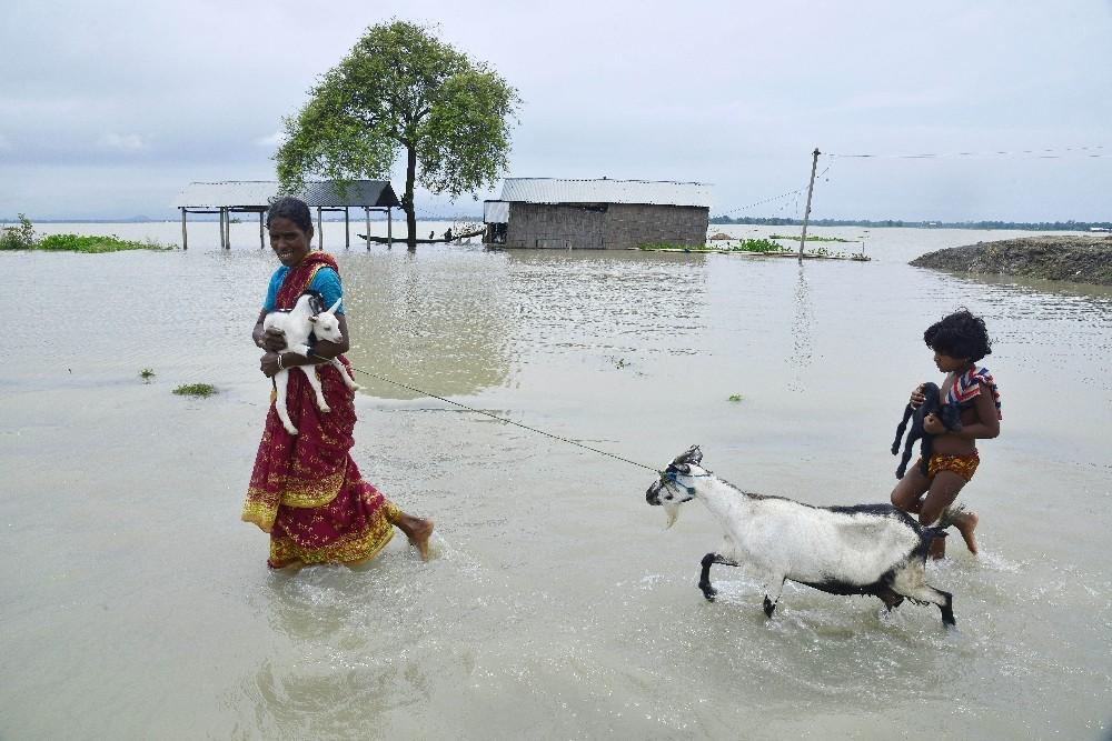 Hindistanda Sel Felaketi: 20 Ölü