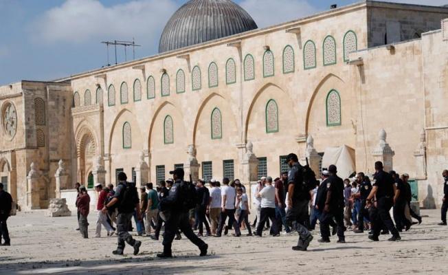 Mescid-i Aksa'ya baskın düzenleyen fanatik Yahudilerin sayısı bini geçti