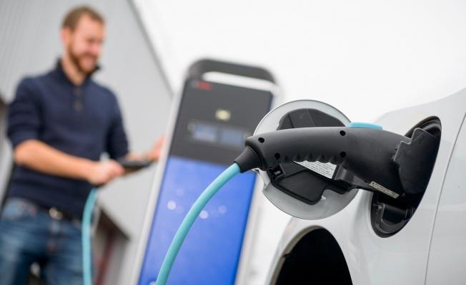 Bosch ve toom hırdavat mağazaları, elektrikli kamyonet araç paylaşımı konusunda iş birliği yapıyor