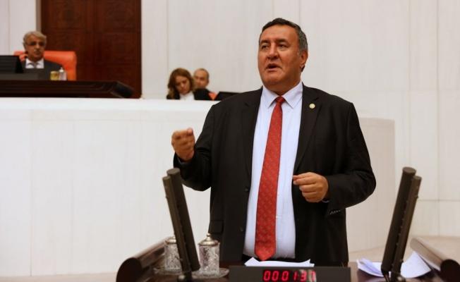 """GÜRER: """"PAMUK ÜRETİCİSİ MAĞDUR EDİLDİ"""""""