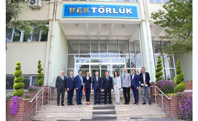TURGAY ERDEM'DEN REKTÖR KILAVUZ'A 'HAYIRLI OLSUN' ZİYARETİ