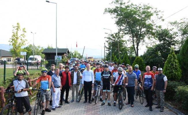 100 YILLIK BİSİKLET MACERASINA DOSTUM'DA MOLA