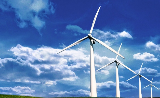 AVRUPALI ŞİRKETLER ENERJİ İHTİYAÇLARINI  RÜZGAR SANTRALLERİNDEN KARŞILIYOR