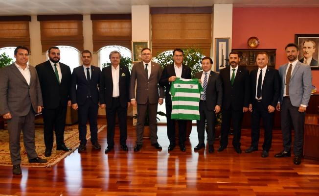Bursaspor Yönetimi'nden Dündar'a Ziyaret