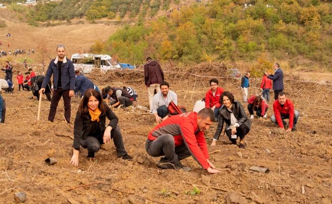 'GELECEĞE NEFES' SEFERBERLİĞİNE BURSAGAZ'DAN 500 FİDANLA DESTEK
