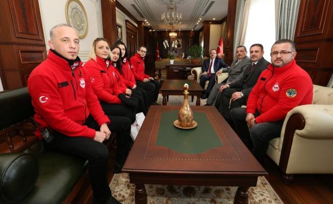 Bursa Valisi Yakup Canbolat DASKUT'ni makamında ağırladı