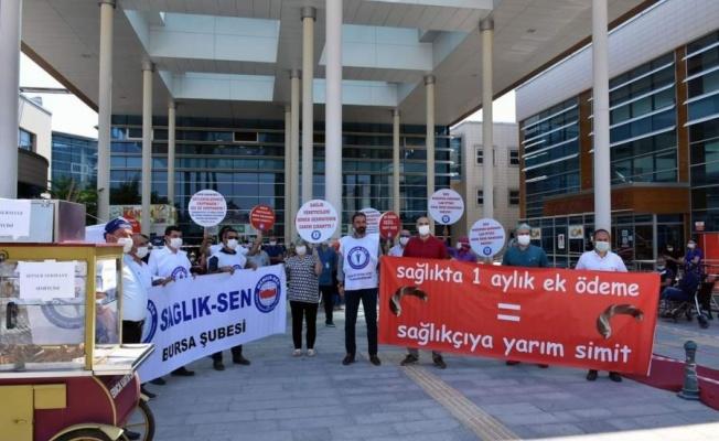 Bursa'da sağlık çalışanları isyan etti