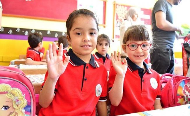 Okullar açılırsa vaka sayılarında ciddi artış olabilir
