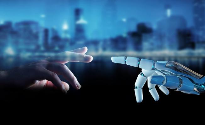 Yazılım Robotlarıyla 40 Kat Daha Hızlı, 365 Gün 7/24 Hatasız Hizmet