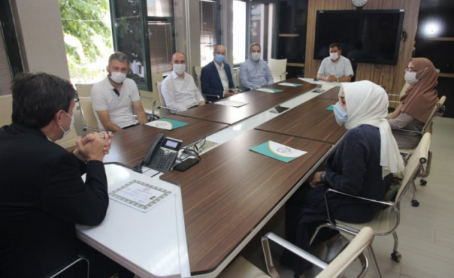 Bursa'da görev yapan öğretmenlere MEB'den başarı belgesi