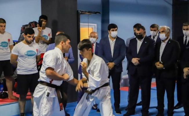 DATÜB Gençlik Kolları'ndan Bursa'da spor salonu