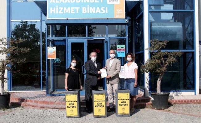 Nilüfer'de atık maske ve eldiven kutuları yaygınlaşıyor