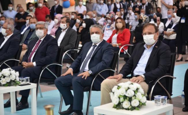 AK Parti Bursa'da İlçe Kongrelerini tamamladı