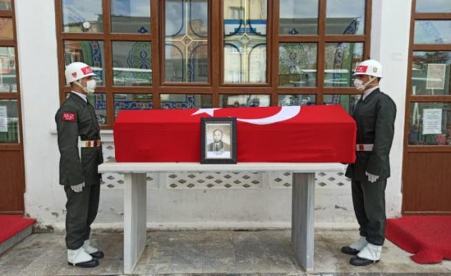 Bursa'da emekli albay Güngör, son yolculuğuna uğurlandı