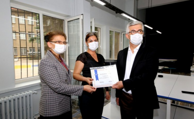 Bursa'da 'Modada dijitalleşme projesi' hayata geçti
