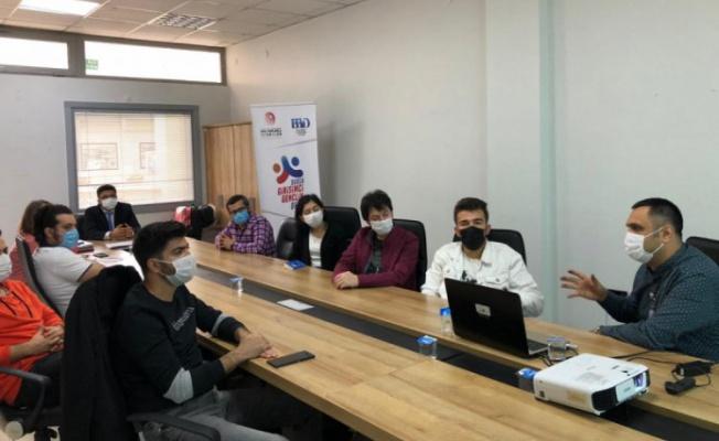 Gürsu'da genç girişimciler sertifikalarını aldı