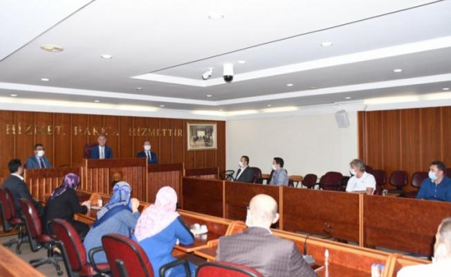 İnegöl Belediye Başkanı Taban destek hizmetleri personeliyle buluştu