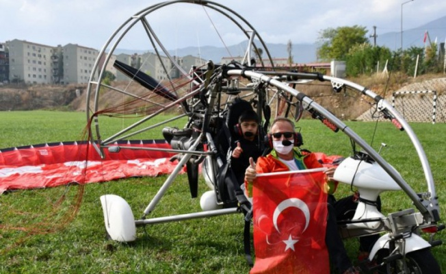 İnegöl'de engelli öğrenciler 29 Ekim'de gökyüzünde uçtu