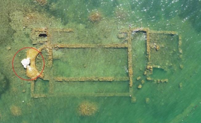 İznik'te sular çekilince 2 bin yıllık bazilikanın bir kısmı gün yüzüne çıktı