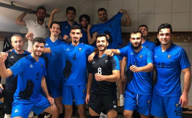 Karacabey Belediyespor'da liderlik sevinci yaşanıyor