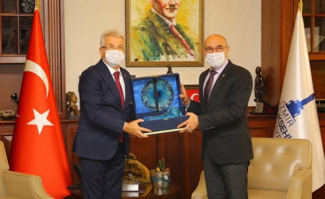 Nilüfer Belediye Başkanı Erdem'den Soyer'e ziyaret
