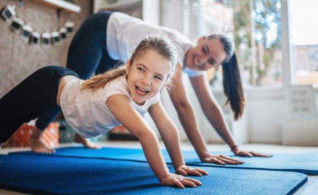 """Online eğitim gören çocuklar için """"egzersiz şart"""""""