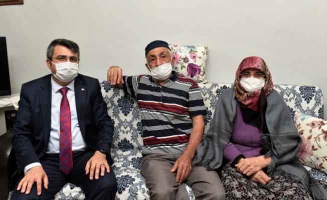 Yıldırım Belediye Başkanı Yılmaz'dan aile ziyareti
