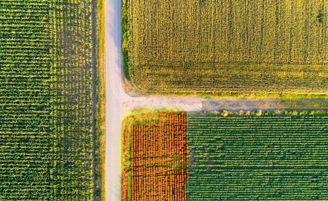 """Gelecekte var olmanın yolu """"akıllı tarım"""""""