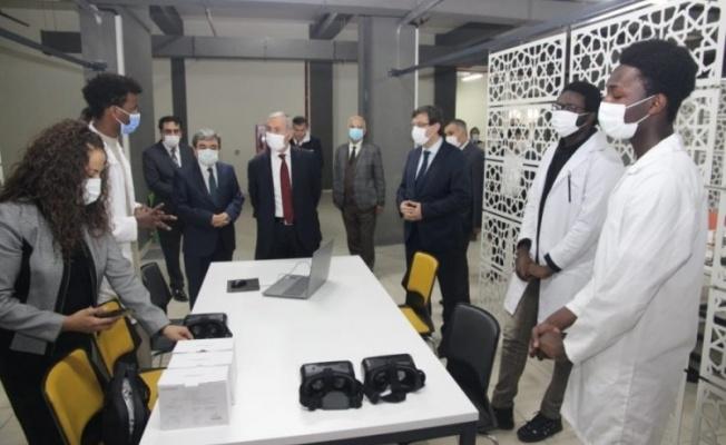 Bakan Yardımcısı Safran'dan Bursa Uluslararası Murat Hüdavendigar AİHL'ye ziyaret