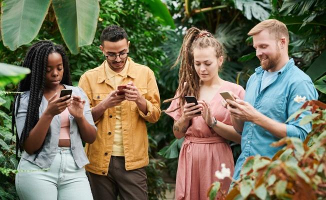 Mobil streaming'i en sık kullanan kuşak, 94.2 dakika ile Y kuşağı