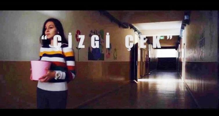 KISA FİLM YARIŞMASINDA BURSA'YA 'ÇİZGİ ÇEK' İLE ÜÇÜNCÜLÜK ÖDÜLÜ