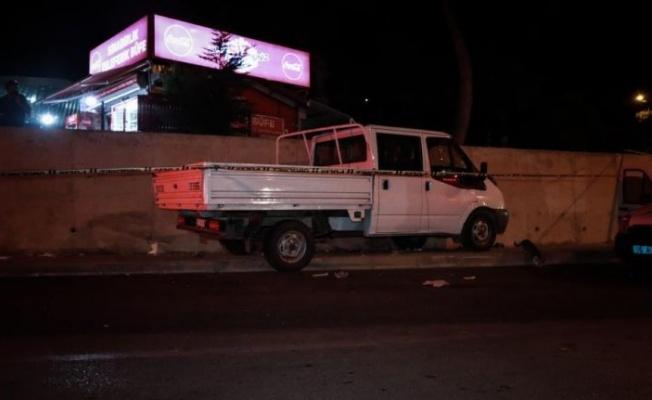 Bursa'da kamyonet kaldırımdaki yayalara çarptı: 3 yaralı