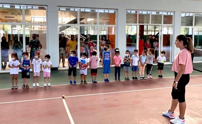 Tenisin Genç Yetenekleri Seçildi