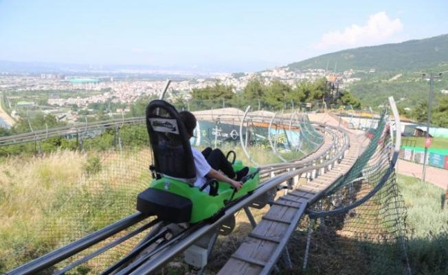 """Bursa'daki """"macera parkı"""" adrenalin yaşamak isteyenlerin adresi oldu"""