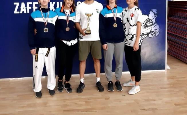 Taekwondoda 'Osmangazi' Başarısı