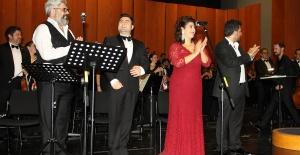 Atatürk Tosca'yla anıldı