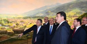 Dündar Yargıtay Başkanı Cirit ve Yargıtay Üyelerini Ağırladı