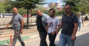 Bursa'da annesini 50 yerinden bıçaklayarak öldürdü