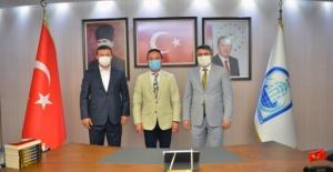 Başkan Yılmaz, Bursa Milletvekili Atilla Ödünç'ü ağırladı