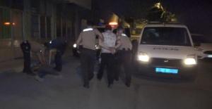Bursa'da bekçi ve polislere zorluk çıkaran 4 kişi gözaltına alındı