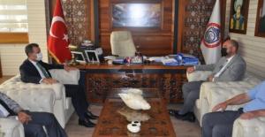 Bursa'da Kaymakam Özçakıcı'dan Başkan Aydın'a iadeyi ziyaret