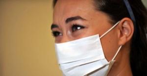 Bursa'da koronavirüsü yenen hemşire yaşadıklarını gözyaşlarıyla anlattı