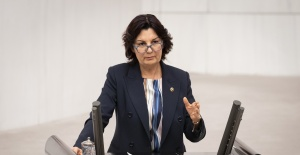 Bursa Milletvekili Karabıyık: Eğitimin var olan sorunlarına yenilerinin eklendi