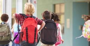 Sağlıklı Okul Çantası Seçimi Nasıl Olmalı?
