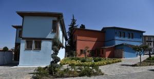 Tarihi Bursa evleri ayağa kalkıyor