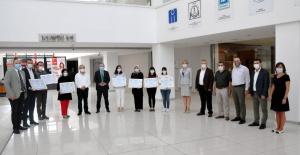 Bursa'da sosyal mesafeli ruhsat töreni