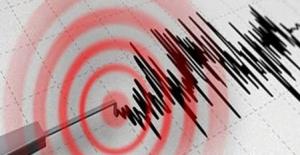 bBursa#039;da korkutan deprem!/b